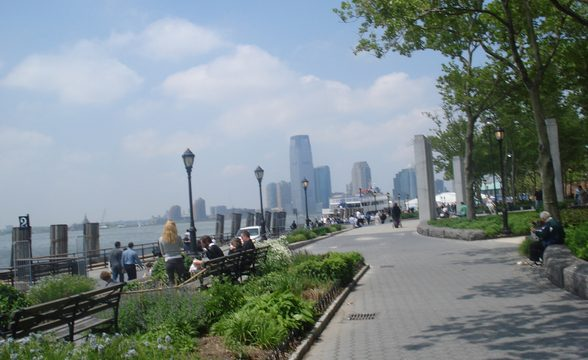 Battery Park City NYC Neighborhoods Rentals Travel Reviews
