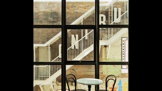 2-Wythe-Guestroom_hotel_brooklyn_640X480