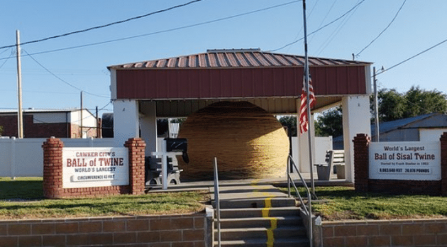 Cawker City, Kansas: Home of the World's Largest Ball of Twine