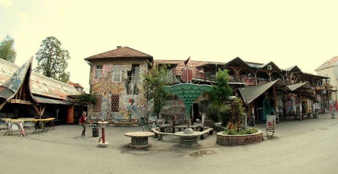Hostel-Celica