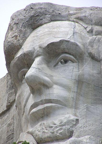 MtRushmore Abe close